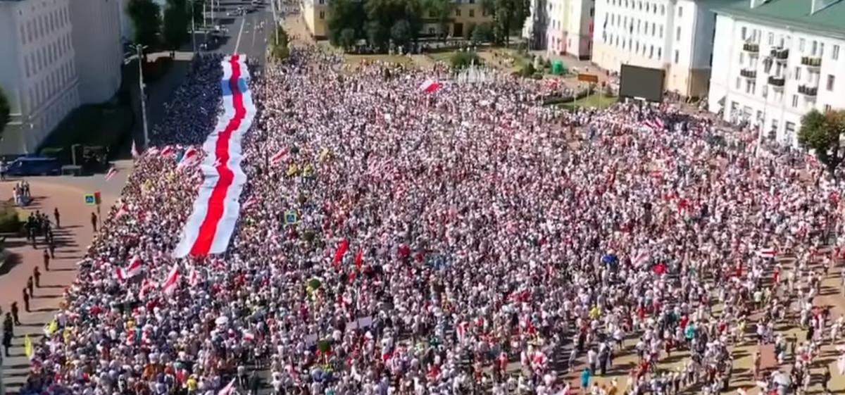 В Бресте и Гродно государственные телеканалы показали честные выпуски новостей. Видеофакт