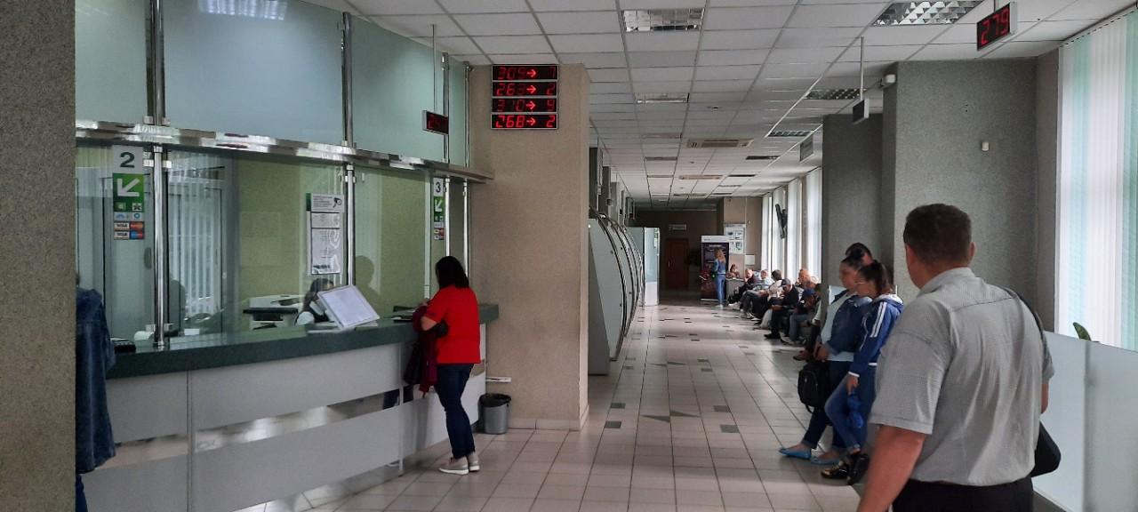 «Беларусбанк» в Барановичах. Фото: Александра РАЗИНА