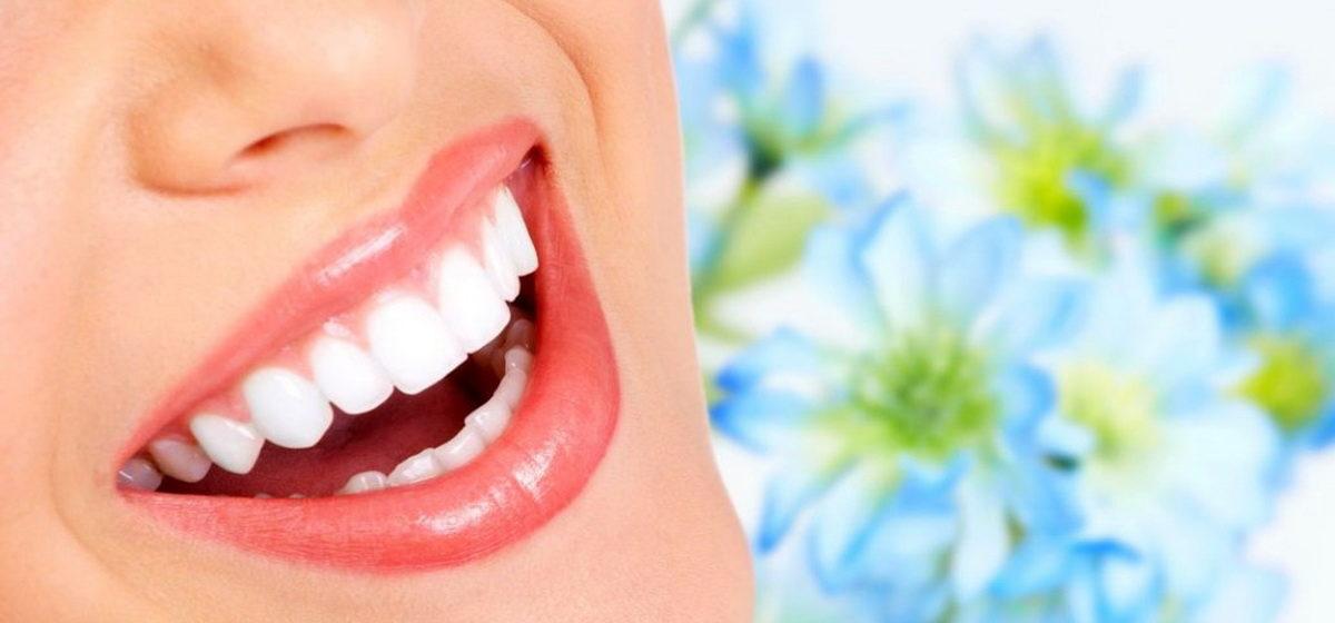 Отбелить и не навредить. Стоматолог рассказала, как проходит процедура отбеливания зубов и как сохранить результат *