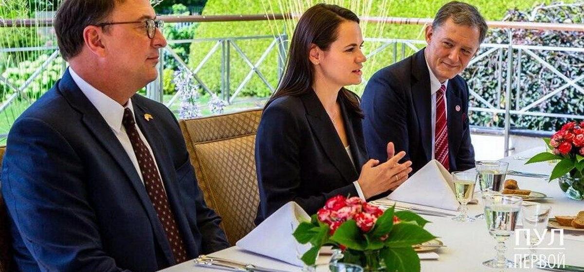 Тихановская встретилась с заместителем госсекретаря США