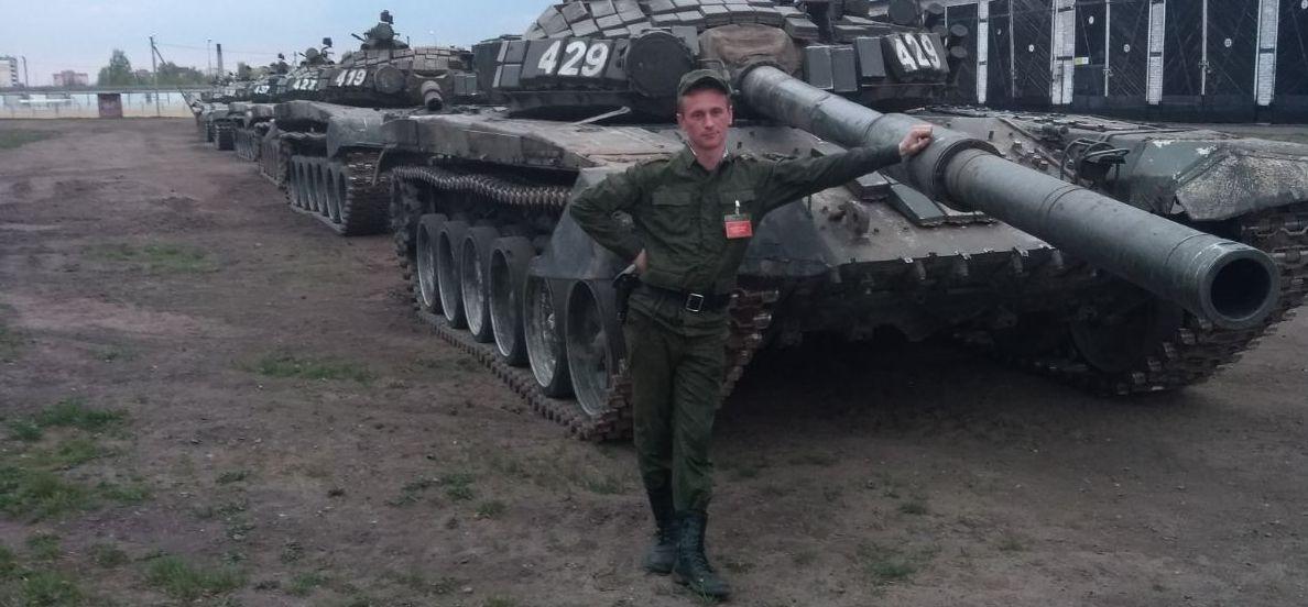 «Командир сказал: не переживай, ты уже уволен». Военнослужащий в Барановичах пошел на свидание, а оказался в ИВС
