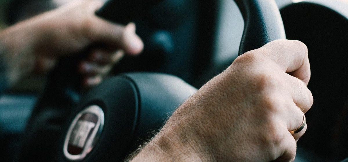 Почему этим трем знакам Зодиака не стоит водить машину?