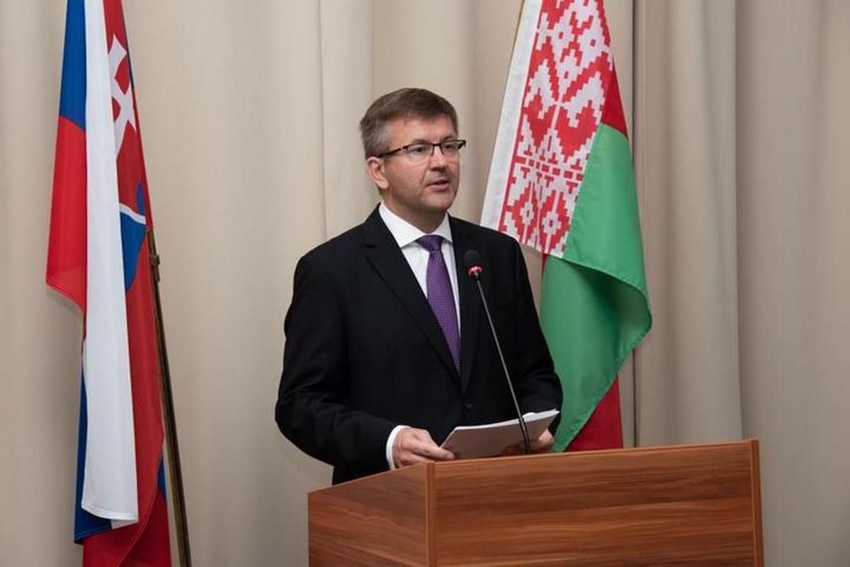 Бывший посол Беларуси в Словакии, экс-помощник президента Игорь Лещеня. Фото: slovakia.mfa.gov.by