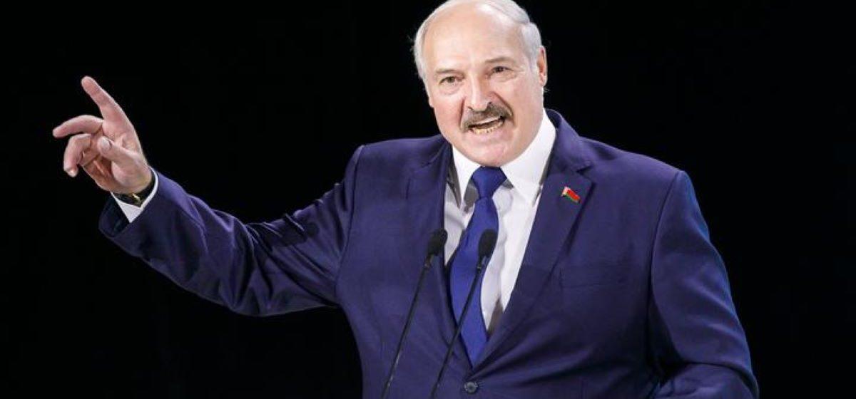 Лукашенко: Вот мы им сейчас покажем, что такое санкции. Они там зажрались, поставим на место