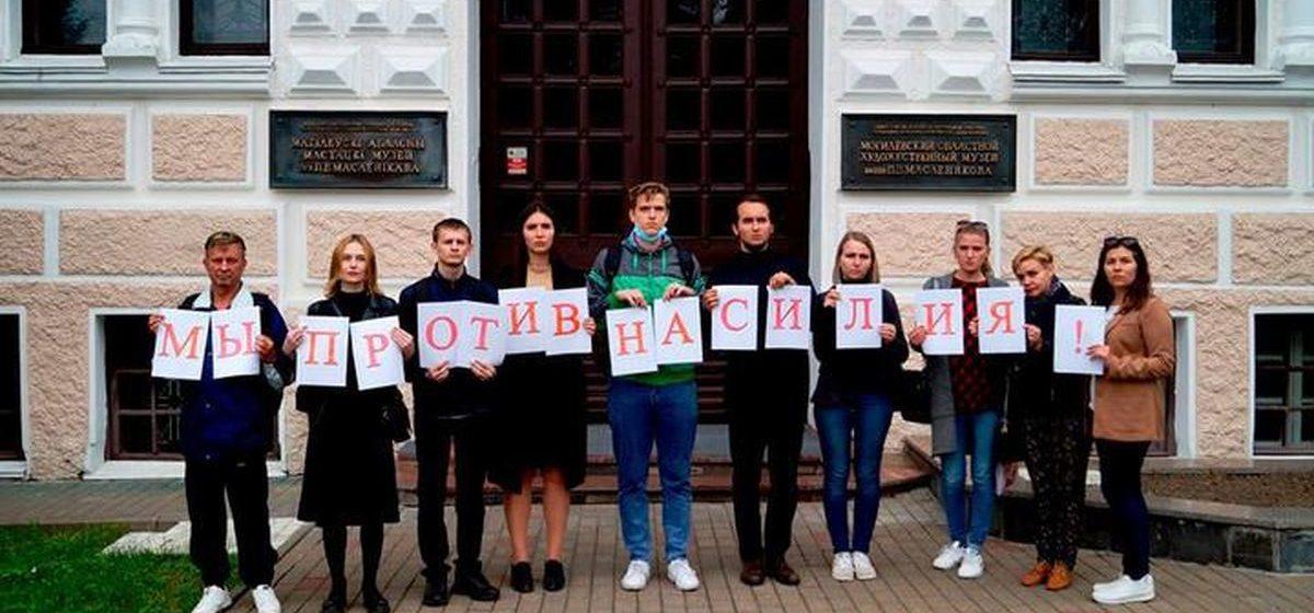 «Критикующий власть, получается, не может быть бюджетником?» В Могилеве за протест уволили замдиректора музея