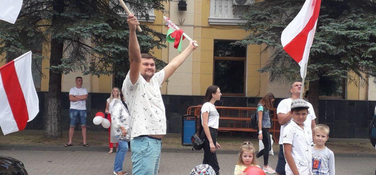 Какой флаг хотят белорусы?
