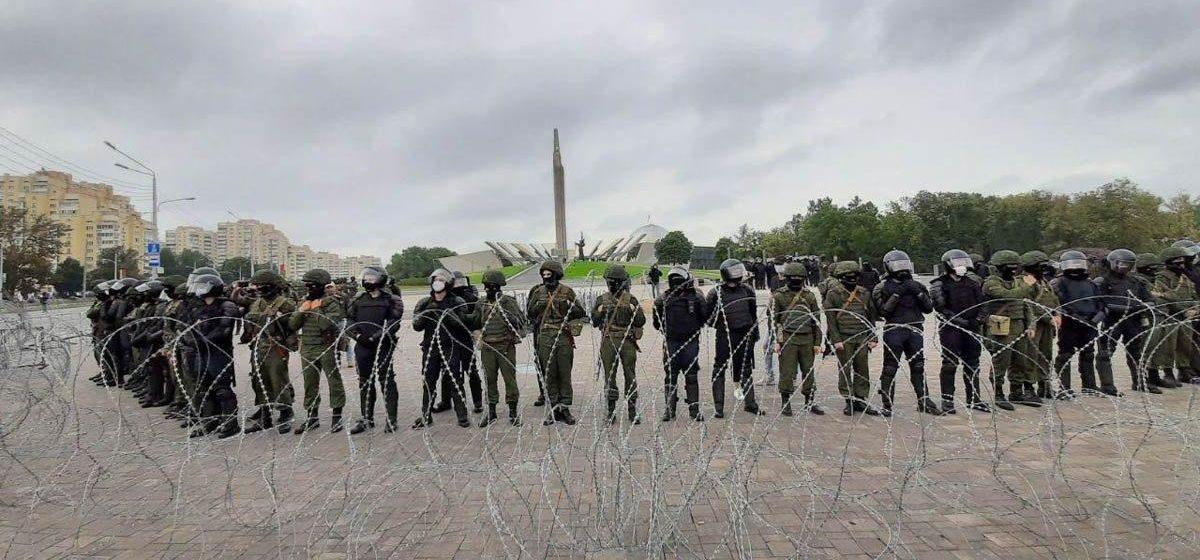 «Сказали, а что делать, если внутренних войск не хватает?». Офицер – о том, как войска выводили в центр Минска и почему он уволился из армии
