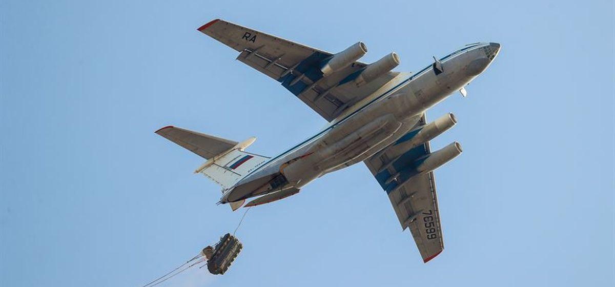 Вопрос-ответ. Что делают российские самолеты и военные в Барановичах?