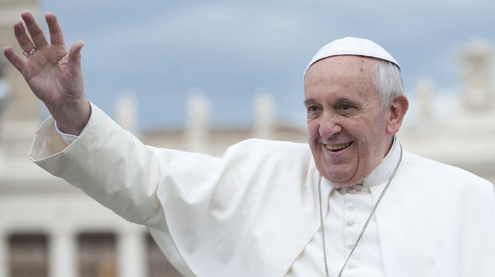 Папа Римский назвал секс «божественным удовольствием»