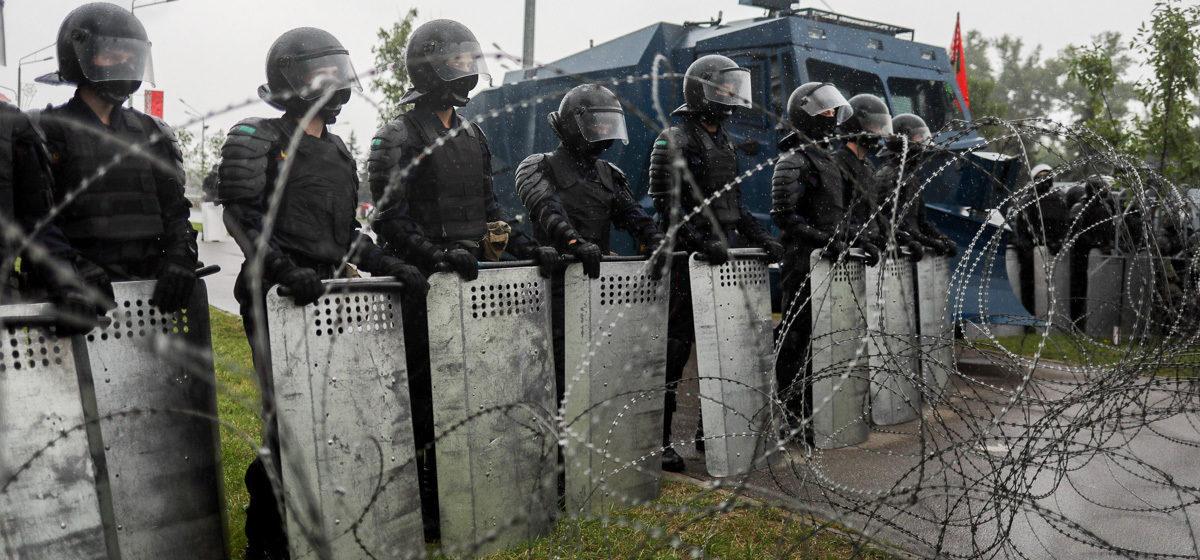 Стало известно, сколько россиян одобряют действия Лукашенко по подавлению протестов