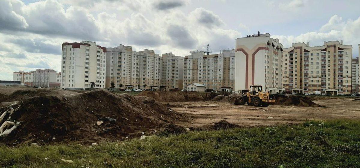 Вопрос-ответ. Что начинают строить на пустыре в Боровках в Барановичах?