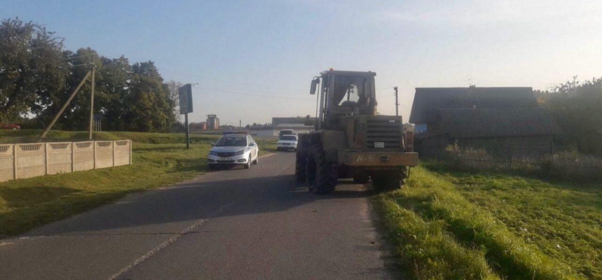 Девушка выпала из погрузчика и погибла в Витебской области