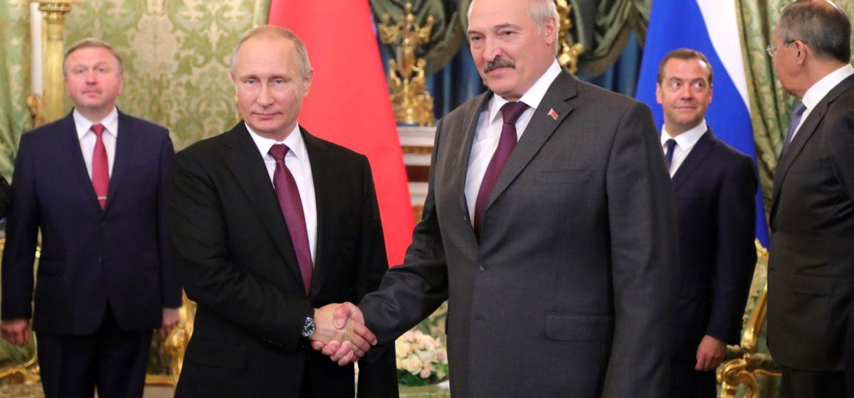 Спасти Лукашенко. Готов ли Кремль вложиться в рискованный проект