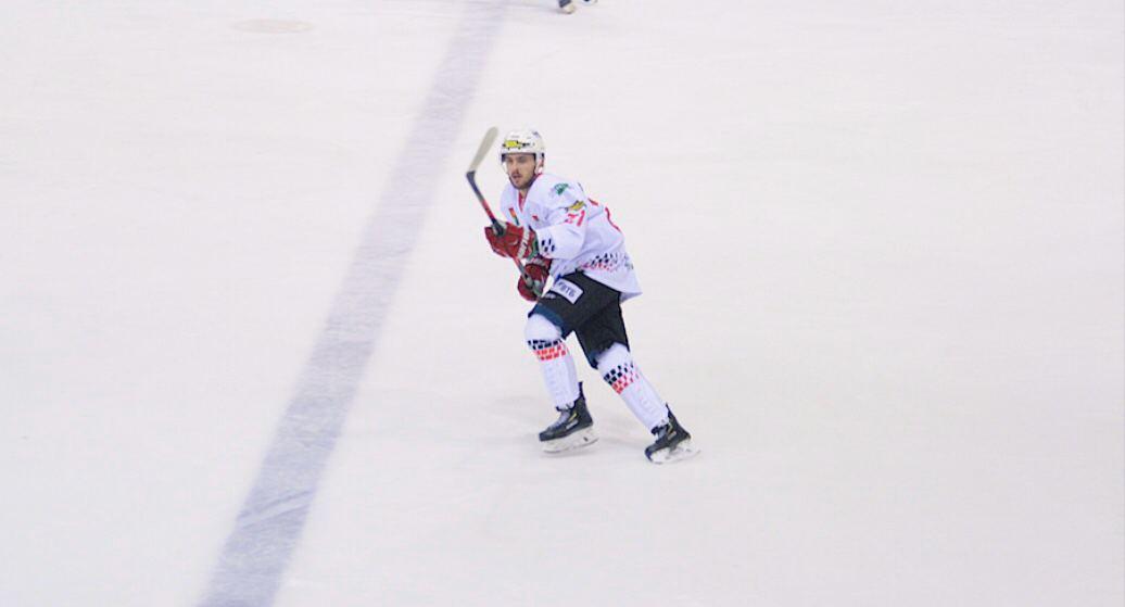 Хоккей. Гости отрывались, хозяева догоняли. Как барановичский «Авиатор» сыграл в Витебске?