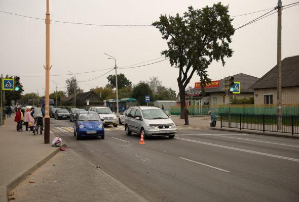 Женщина-пешеход попала под колеса автомобиля у автовокзала в Барановичах