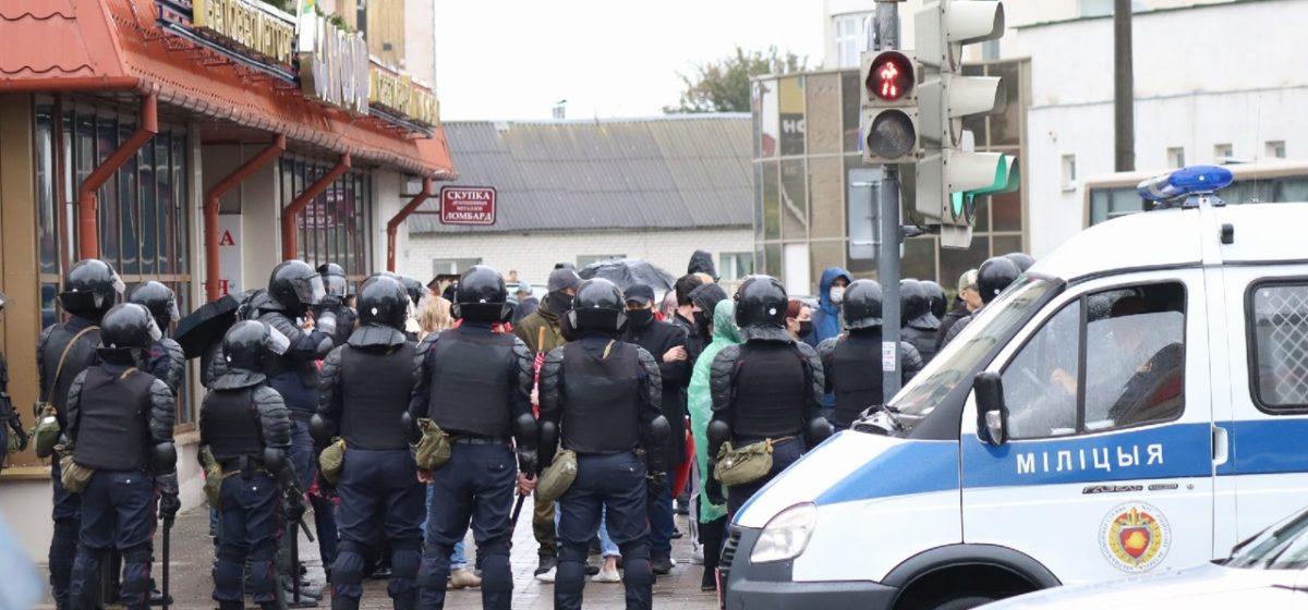 Протесты и задержания. Что происходит в Барановичах 27 сентября