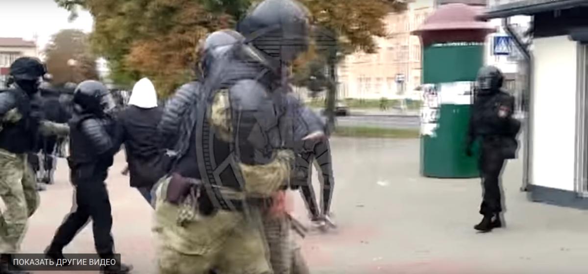 Саморазоблачительный ролик от МВД: в нем показали, как сотрудники нападают на мирных граждан