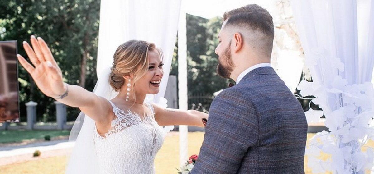 «Ездили в СИЗО и готовились к свадьбе». Как жители Барановичей женились в период эпидемии и политических волнений