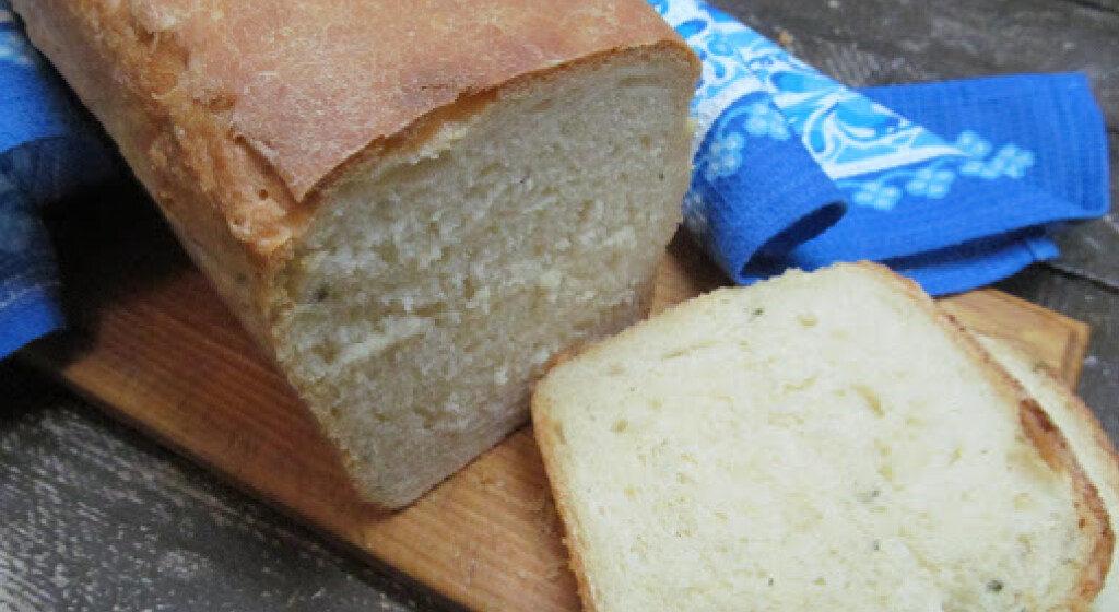 Врачи рассказали, как белый хлеб влияет на внешность
