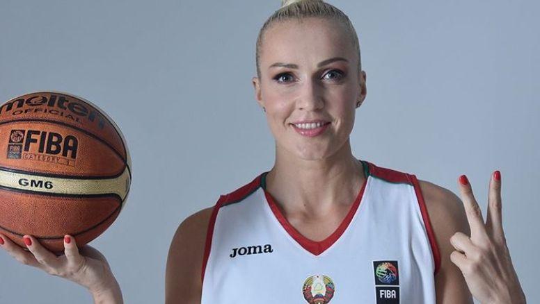 Баскетболистку Елену Левченко арестовали на 15 суток