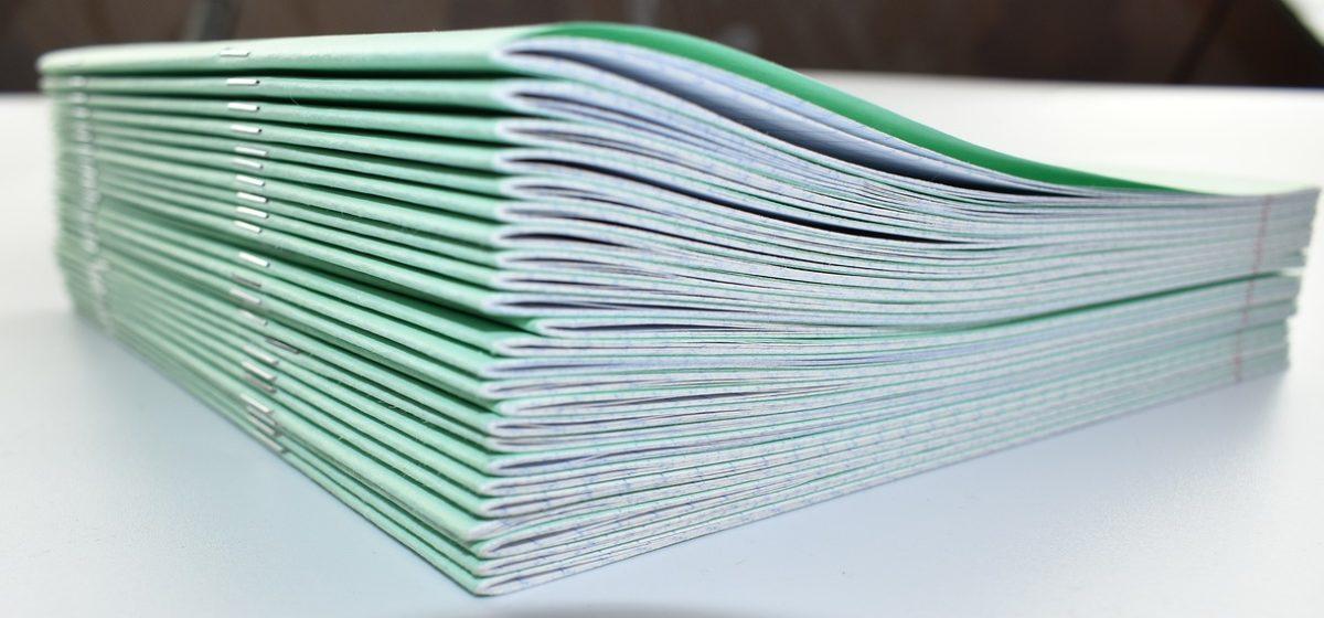 Вопрос-ответ. Вправе ли учитель требовать, чтобы у ученика были школьные тетрадки определенного образца?