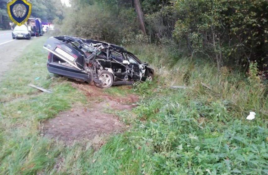 Три человека погибли в ДТП под Барановичами. Видео