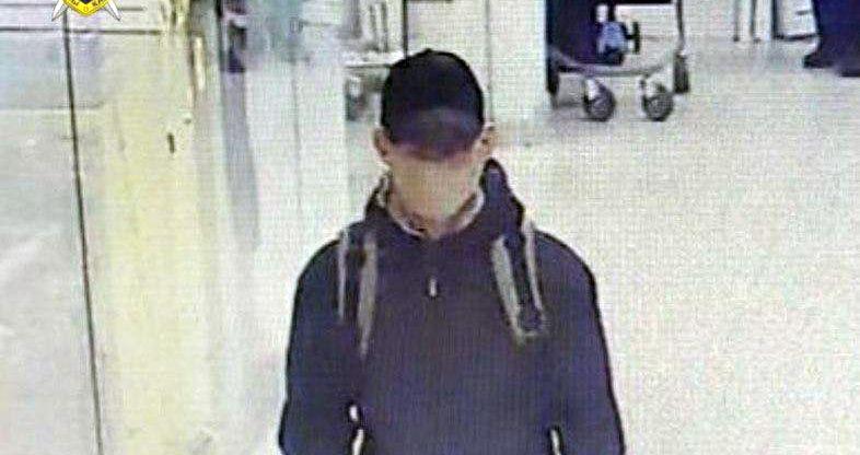 В Минске неизвестный в маске напал на обменник