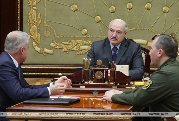 Лукашенко: «Тихая, спокойная страна, а в Минске мы никак не можем голову взять в руки и подумать»