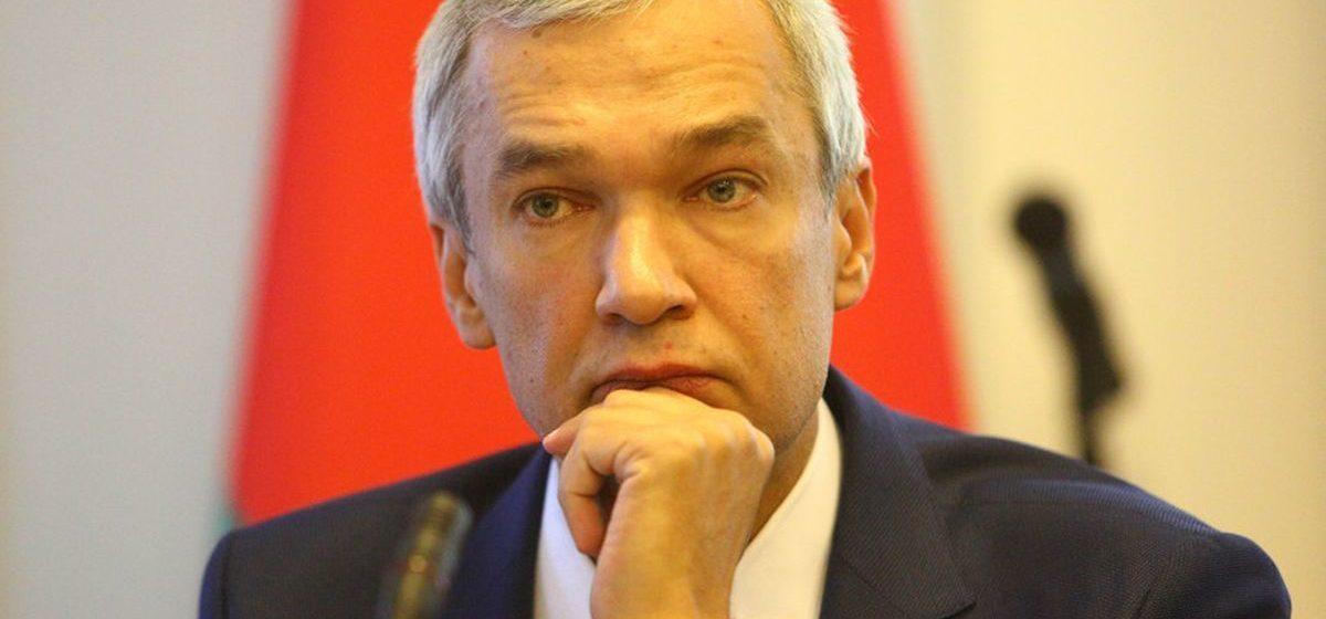 Латушко рассказал, что будет с пенсиями, когда Лукашенко уйдет
