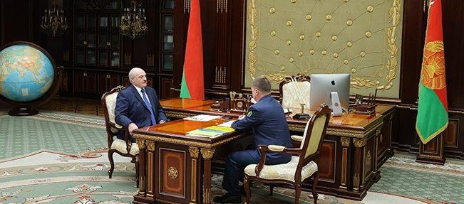 Лукашенко собирается взяться за грузопоток из Литвы и Латвии