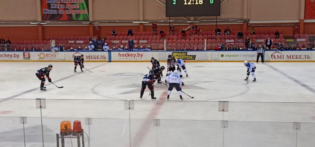 Красиво загнали в берлогу. Что случилось на барановичском льду в матче «Авиатора» и «Витебска»?