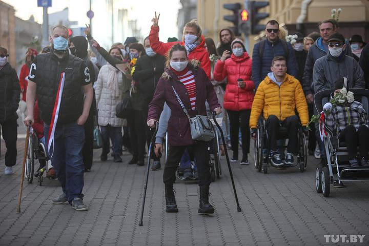 В Минске состоялся Марш людей с инвалидностью. Милиция не позволила продлиться акции, не обошлось без задержаний