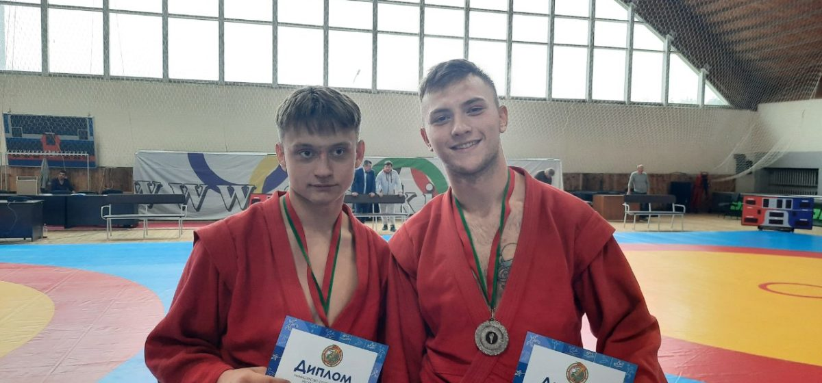 Юные самбисты Барановичей привезли медали первенства Республики
