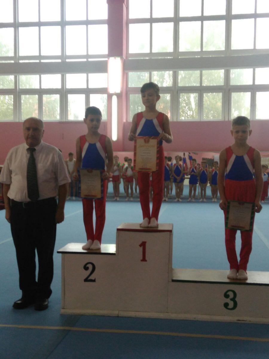 Кирилл Кнышевский (1-е место), Артем Горегляд, Никита Терпицкий (3-е место).