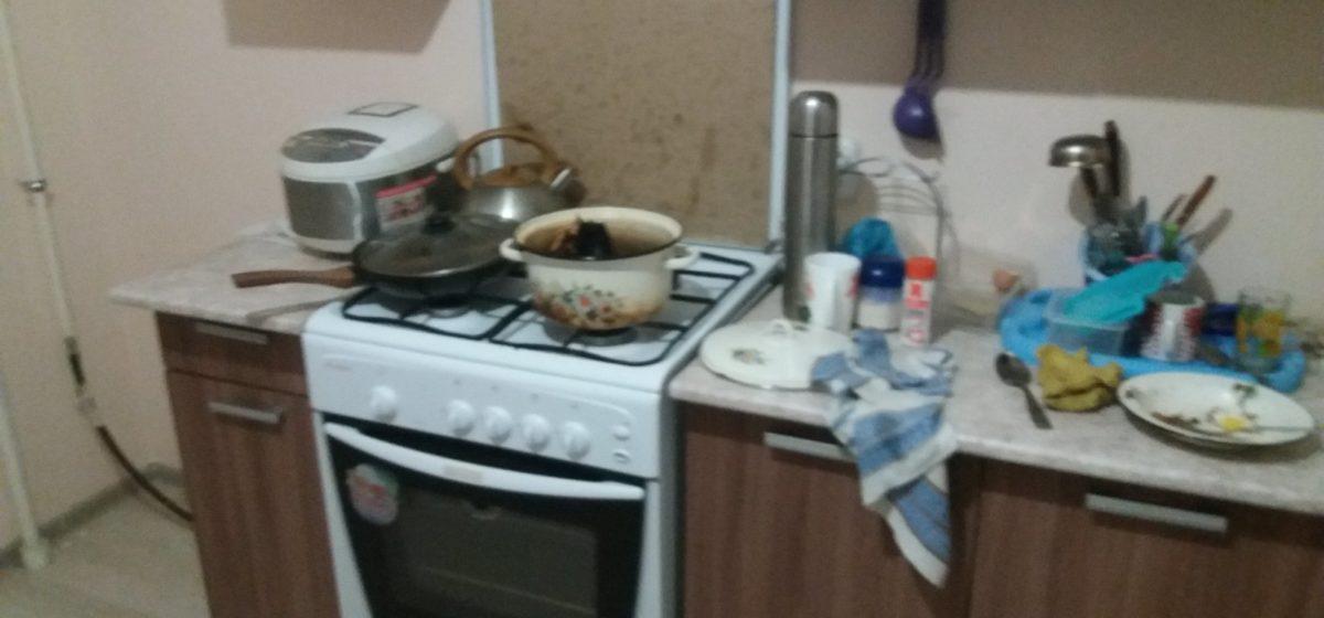 В Барановичах женщина поставила готовить суп и уснула. Теперь ей грозит штраф