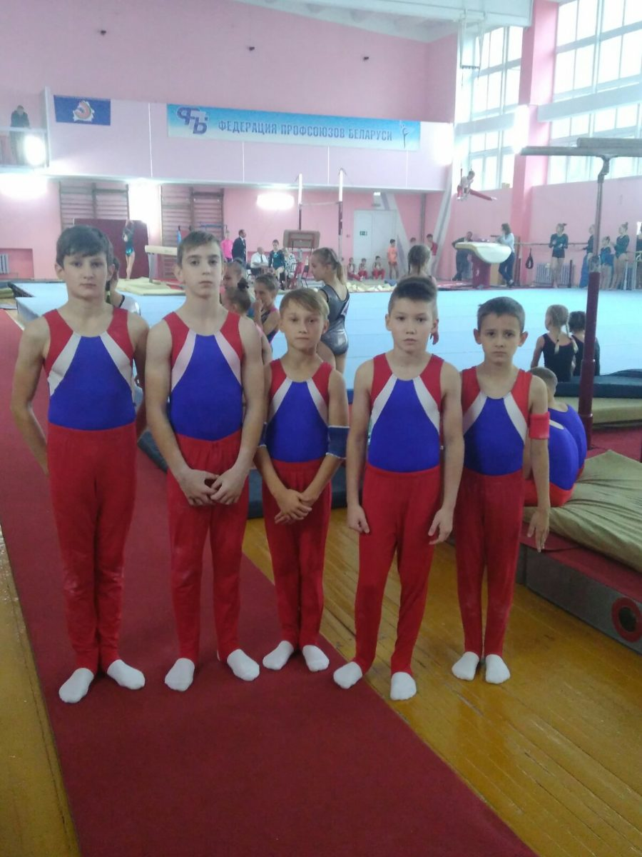 Команда мальчиков города Барановичи заняла 2-е место.