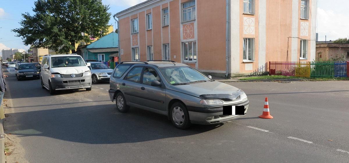 Сразу две аварии в одном месте произошли в Барановичах