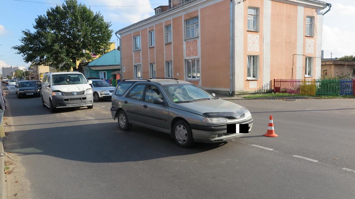 ДТП на улице Брестской. Фото: Татьяна МАЛЕЖ