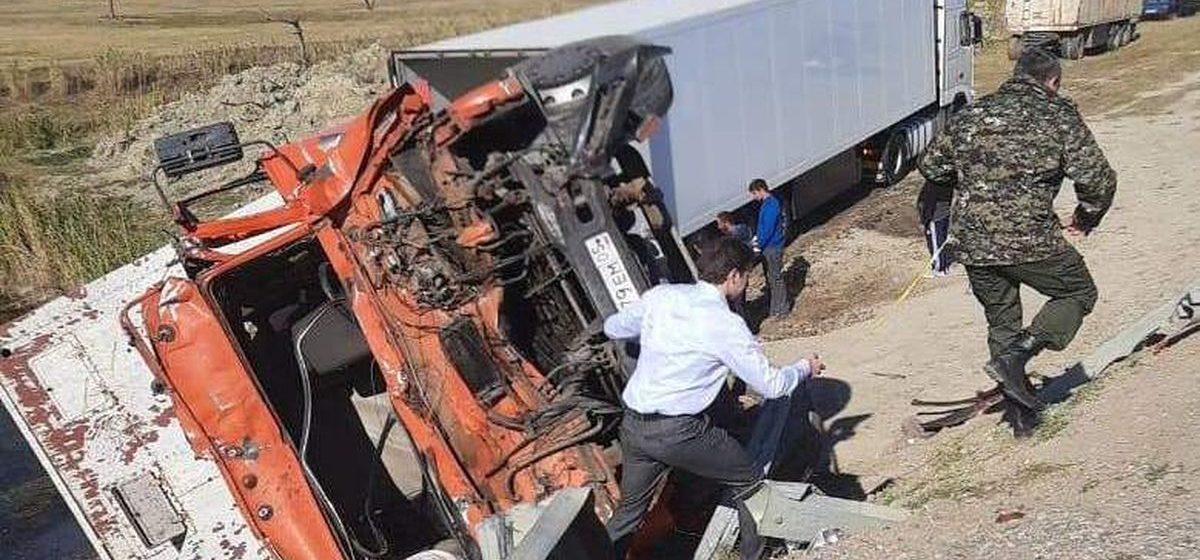 Полиция в Дагестане задержала белоруса, который является предполагаемым виновником смертельного ДТП с участием школьного автобуса