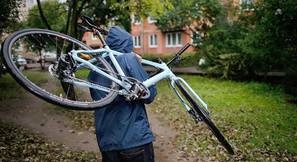 В Жемчужном за месяц украли два велосипеда. В обоих случаях хищение совершали 12-летние подростки