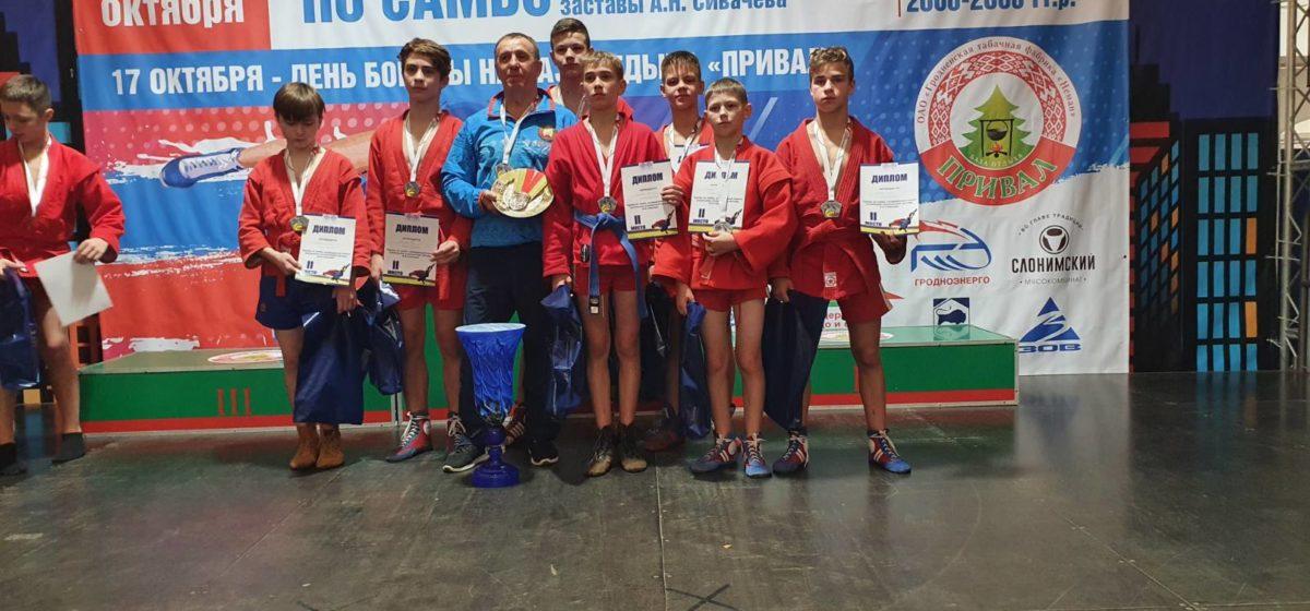 Как барановичские самбисты отличились на мемориальном турнире в Гродно?