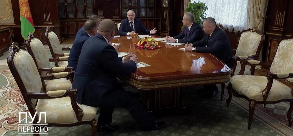Лукашенко пообещал найти каждого участника протестов