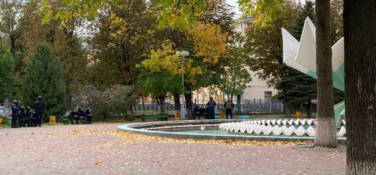 Марш протеста. Что происходит в Барановичах 4 октября. Онлайн