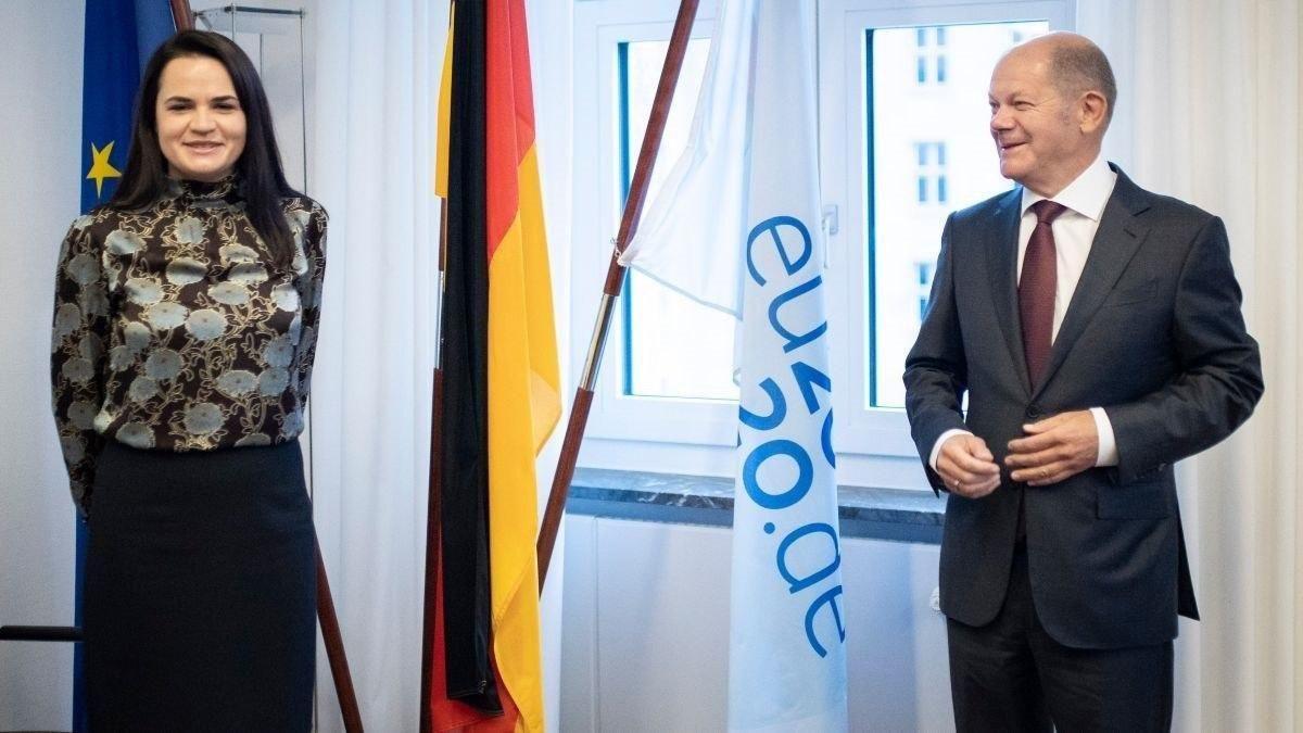 Светлана Тихановская с Олафом Шольцем – вице-канцлером и министром финансов Германии. Фото: BMF