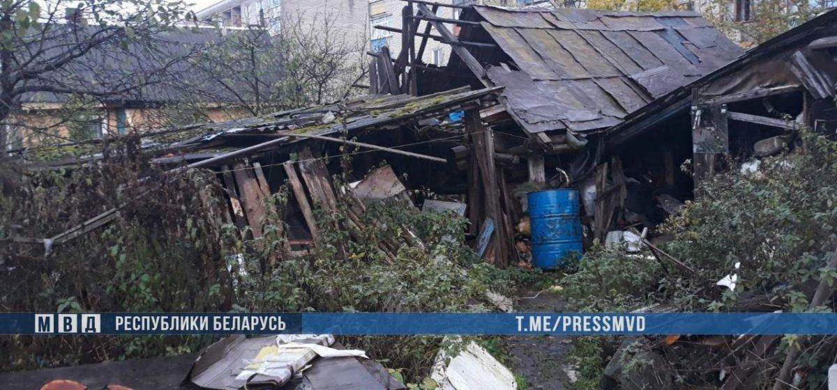 В Полоцке мужчина убил знакомого и восемь лет хранил труп в сарае