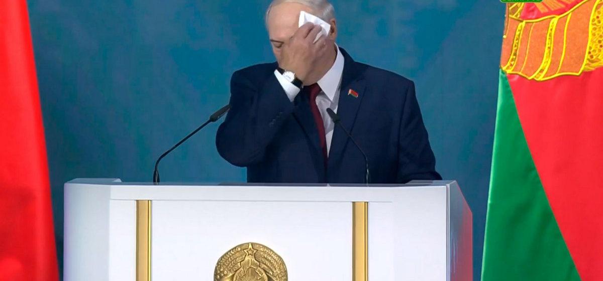 Лукашенко объяснил причины срыва провластного митинга