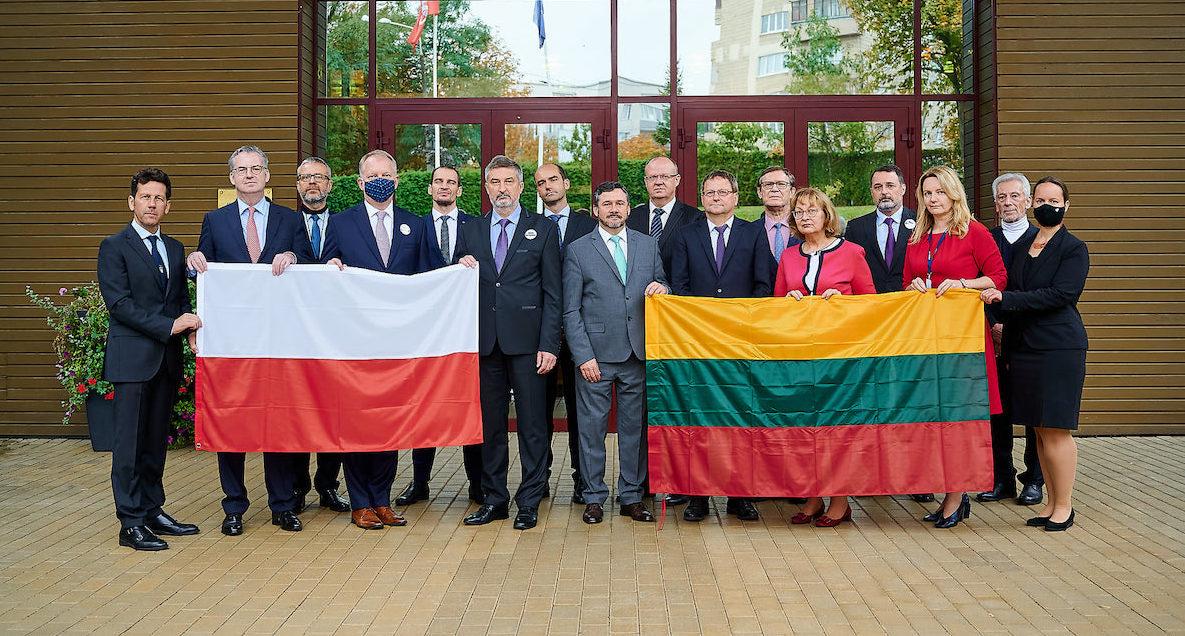 Послы стран ЕС у посольства Литвы в Минске. Фото: Представительство ЕС в Беларуси