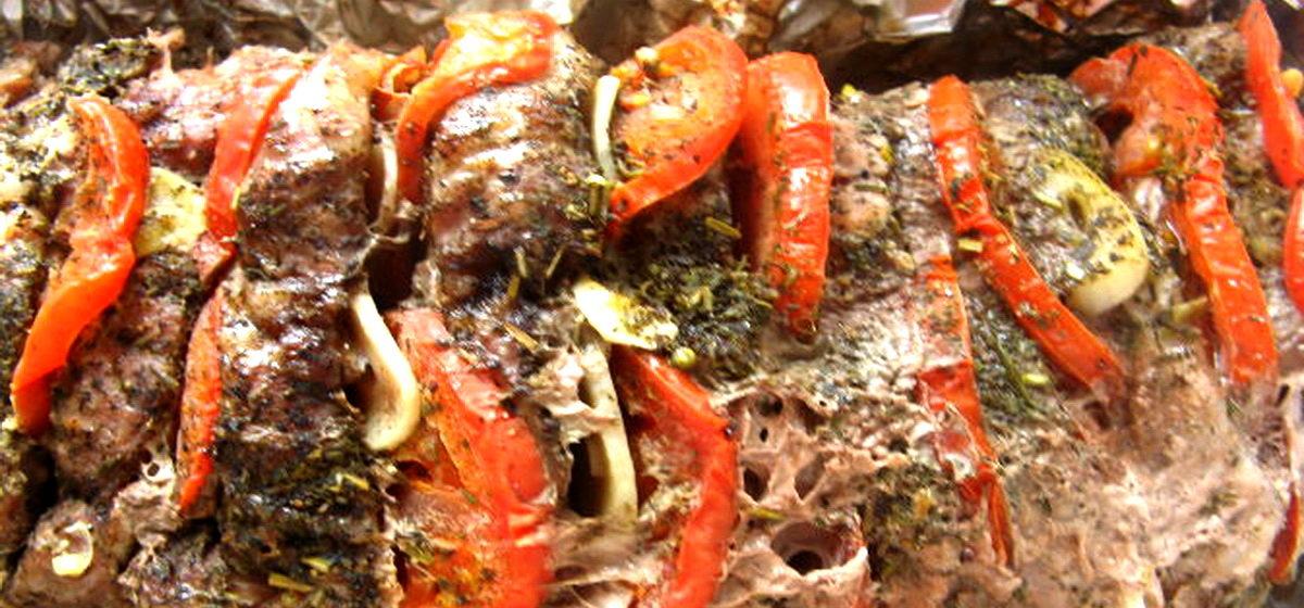 Вкусно и просто. Мясо в фольге с итальянским акцентом