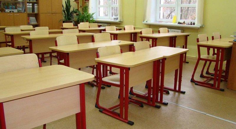 «Довезли до реанимации — и все, экстренная операция». Почему 12-летняя девочка в Пинске напала с ножом на одноклассниц