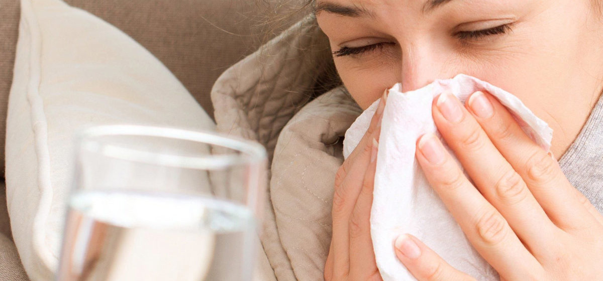 Водка с перцем от простуды? Какие заболевания обостряются осенью и как их правильно лечить